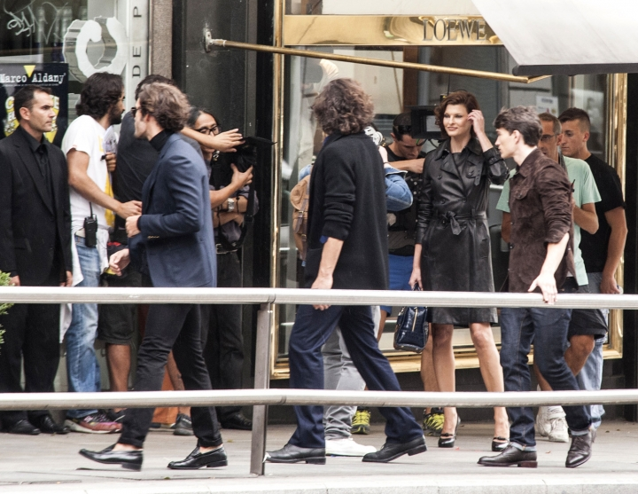 Linda Evangelista during Loewe campaign shooting in the streets of Madrid
